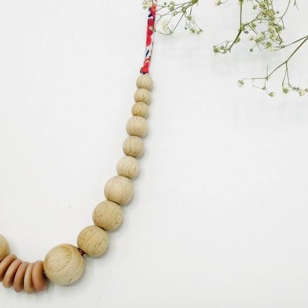 L'Embrasse Cœur, créateur de colliers d'allaitement éthiques