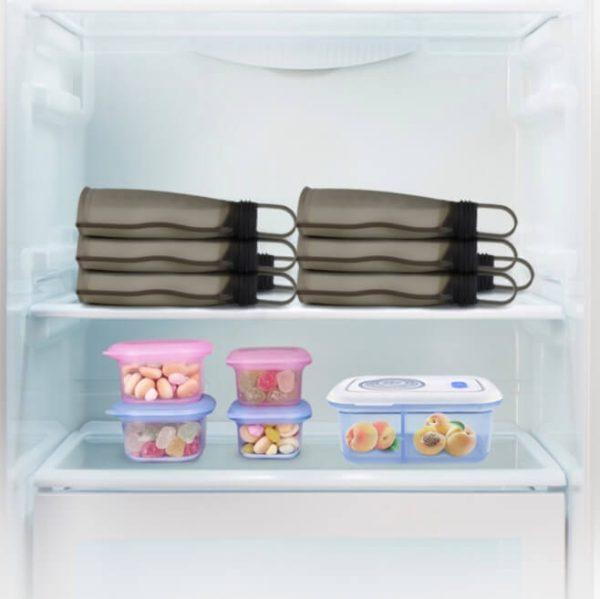 Le sachet conservation lait maternel Haakaa peut se conserver au frigo allongé ou debout.