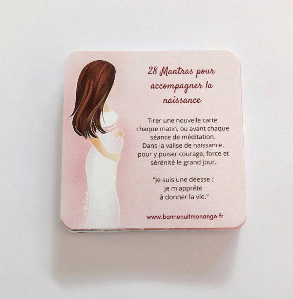 Un jeu de 28 cartes mantra naissance à glisser dans la valise de maternité